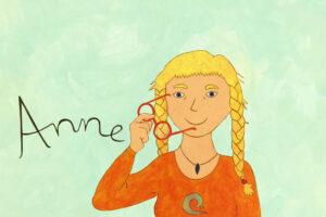 Illustration einer jungen Frau mit zwei blonden Zöpfen und Brille. Links neben ihr steht der Name Anne.